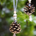Pine cone decorations with beads