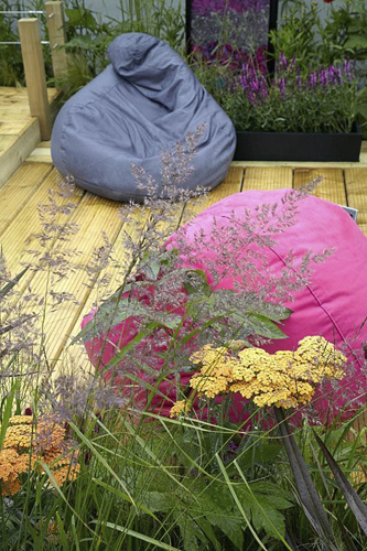 Contemporary terrace garden with beanbags