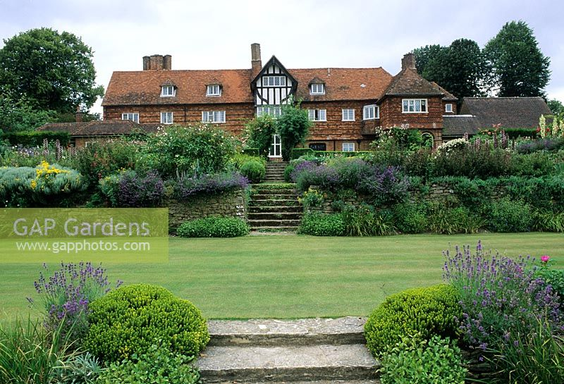 GAP Gardens - Restored Gertrude Jeckyll garden with steps, terraces ...