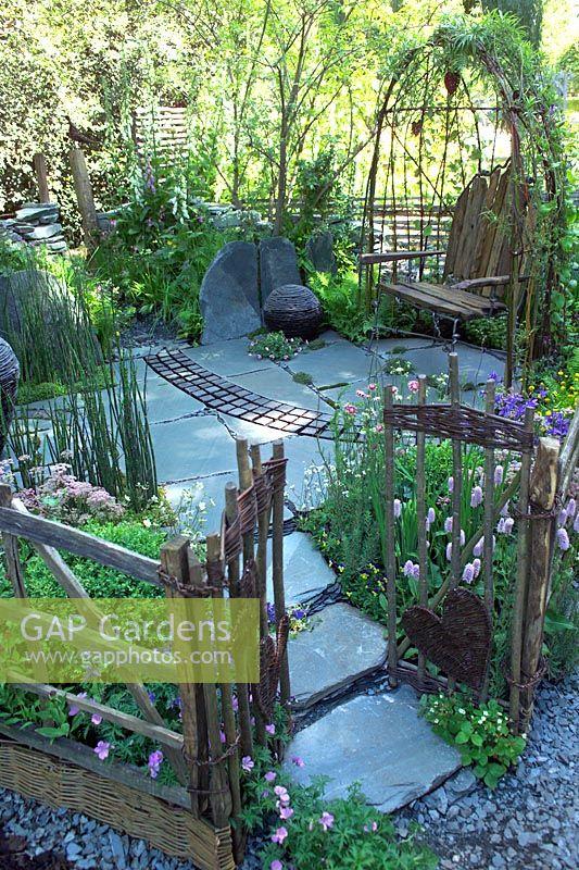 the cumbrian fellside garden at rhs chelsea flower show 2005 by kim wilde and - Wilde Garden