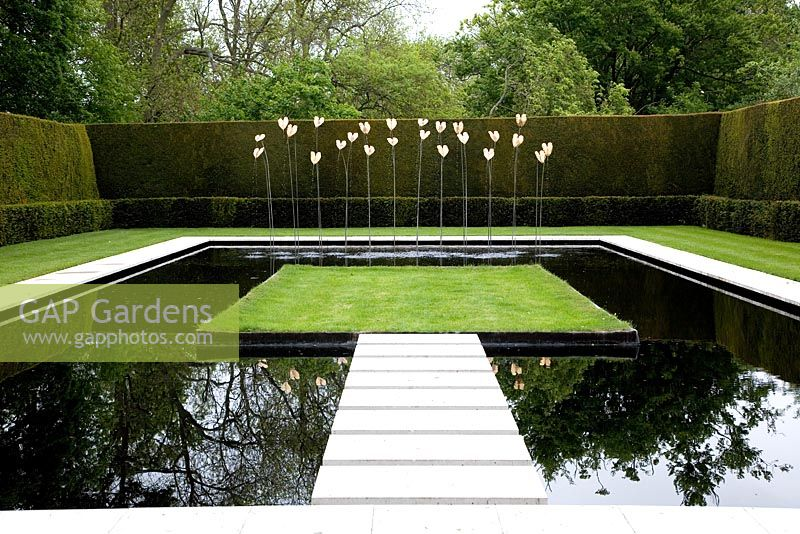 Gap Gardens Modern Square Pond With Stepping Stones And View To