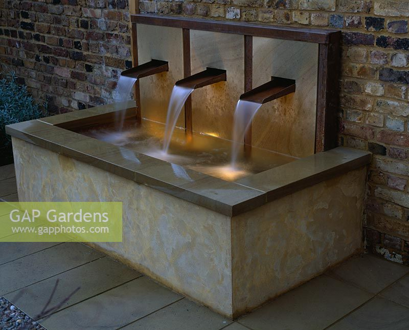 Gap Gardens Raised Water Feature With Three Copper