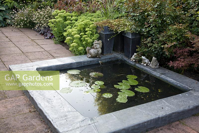 Garden pond ornaments 100 images 2018 outdoor garden for Square fish pond