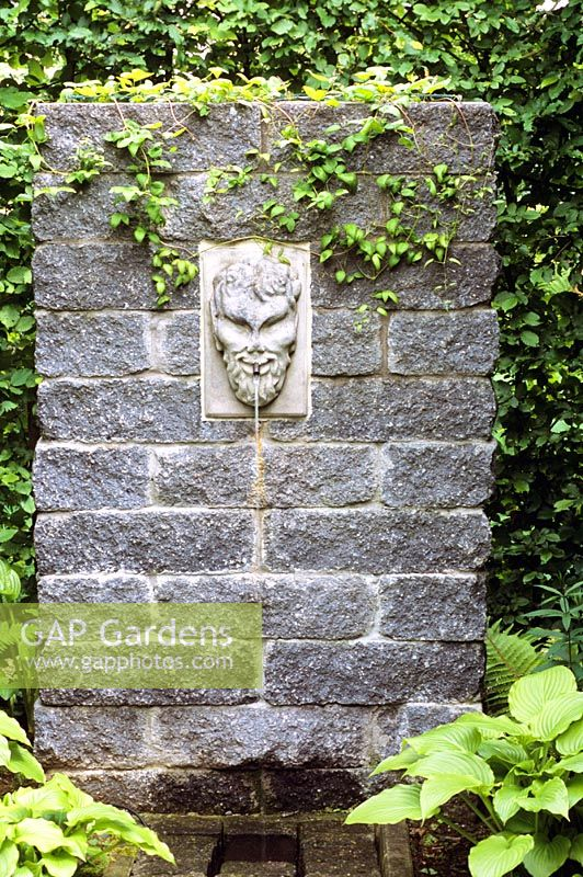 Gap gardens decorative water spout image no 0089413 photo by elke borkowski - Decorative water spouts ...