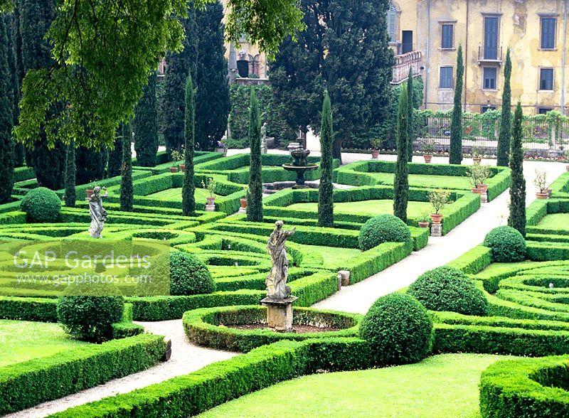Gap gardens renaissance garden giardini giusti verona italy