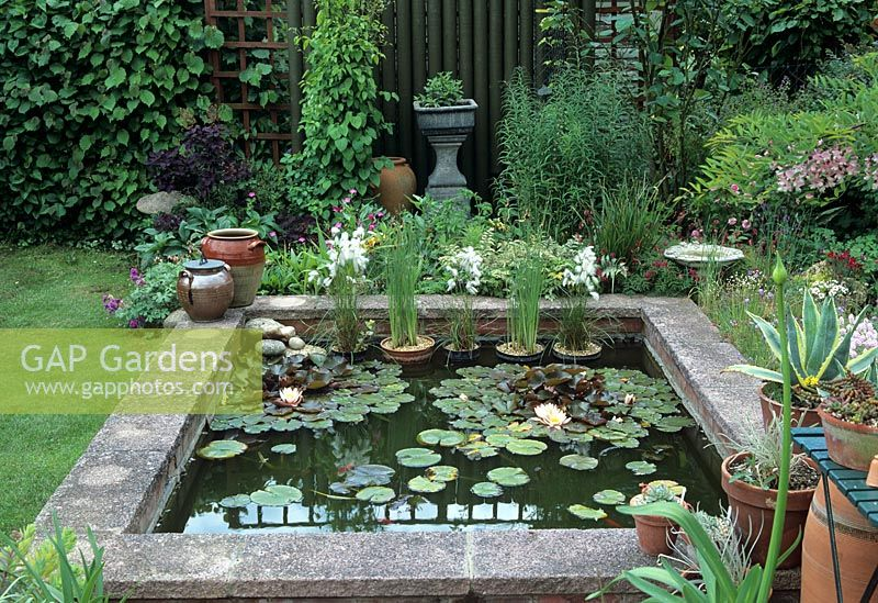 gap gardens small raised garden pond rosedale suffolk. Black Bedroom Furniture Sets. Home Design Ideas