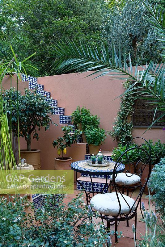 GAP Gardens - Moroccan style mediterranean courtyard with ...