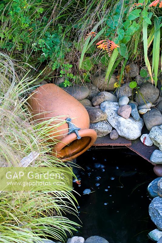 Tiny Pond With Water Spout Urn Feature