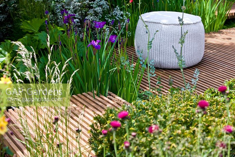 Gap gardens nature ascending garden gold medal winner for urban garden at rhs chelsea flower - Chelsea flower show gold medal winners ...