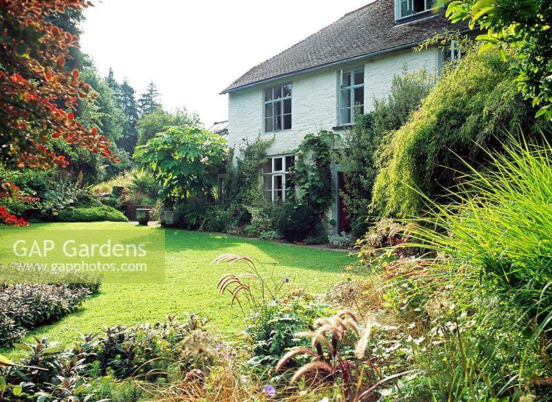 GAP Gardens - Lower House - Feature by Rachel Warne - GAP Gardens ...