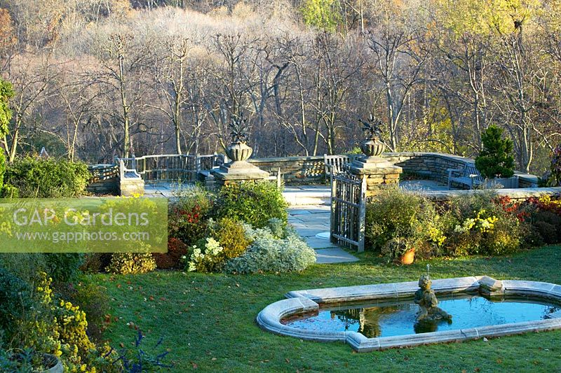 GAP Gardens - View across the Fountain Terrace to the Arbor Terrace ...