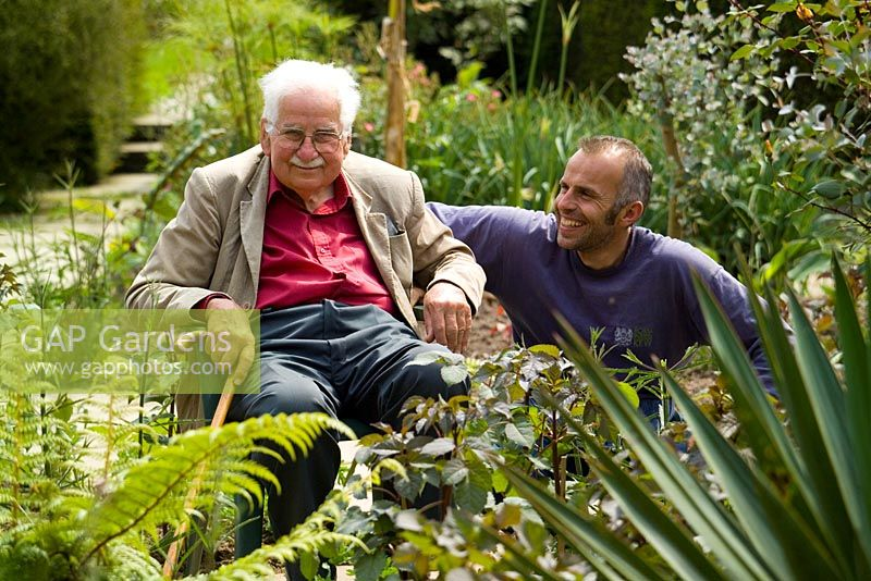Fergus Garrett and Christopher Lloyd in the exotic garden at Great Dixter