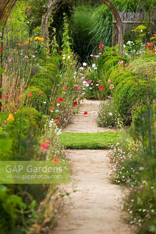 Gap gardens le jardin plume normandy france image no for Le jardin normand