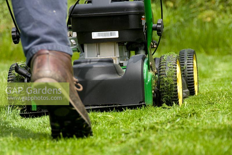 Mowing with a rotary mulching mower