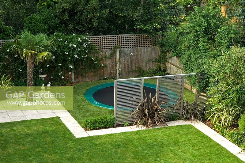 Gap gardens contemporary urban garden with kids play for Garden design ideas in zimbabwe