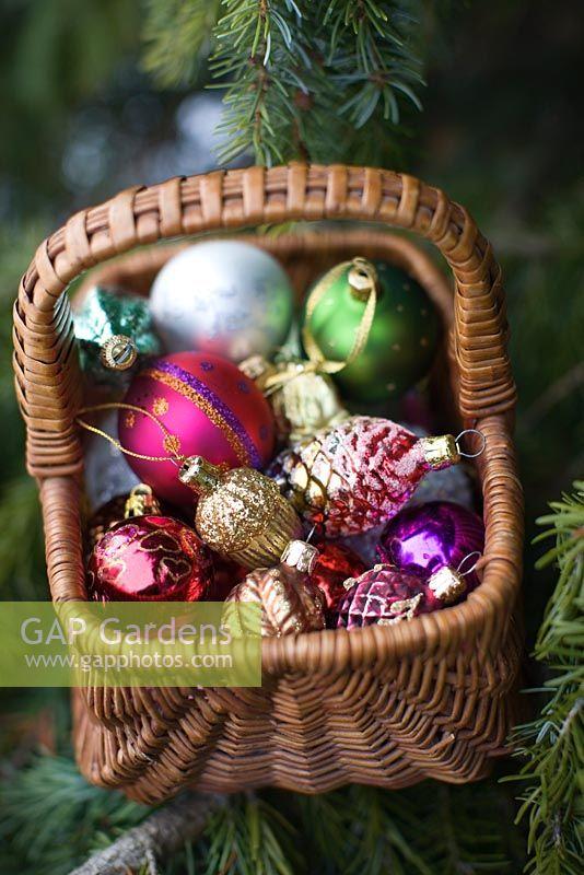 Gap Gardens Christmas Decorations In Wicker Basket On
