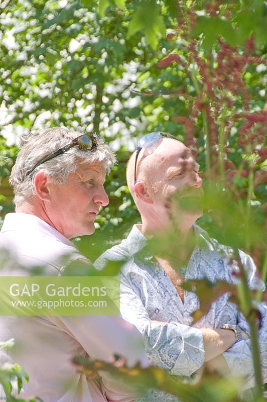 Gap gardens mark gregory in the children 39 s society garden gold medal winner rhs chelsea - Chelsea flower show gold medal winners ...