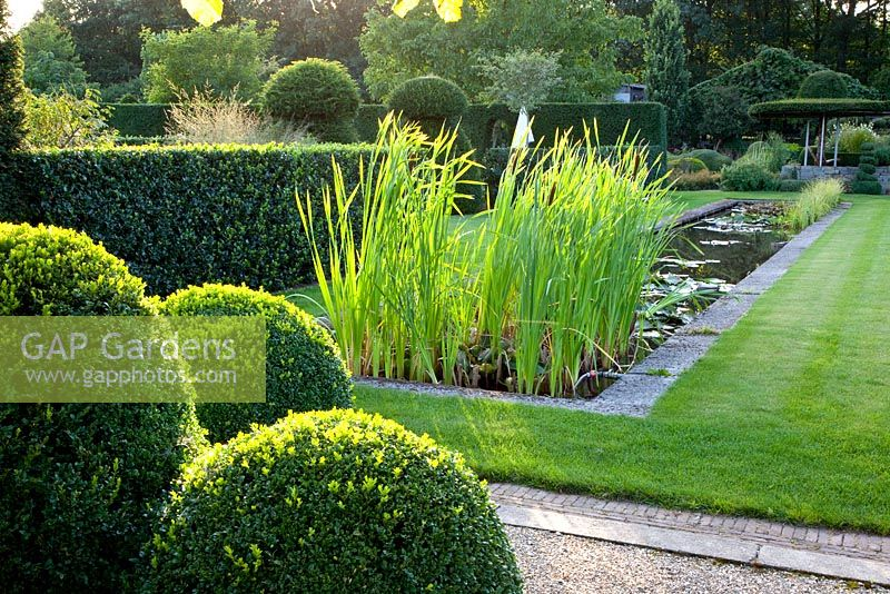 Gap Gardens Formal Garden With Pond And Buxus Box