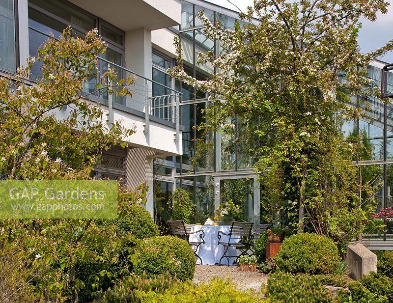 gap gardens wintergarten feature by christa brand. Black Bedroom Furniture Sets. Home Design Ideas