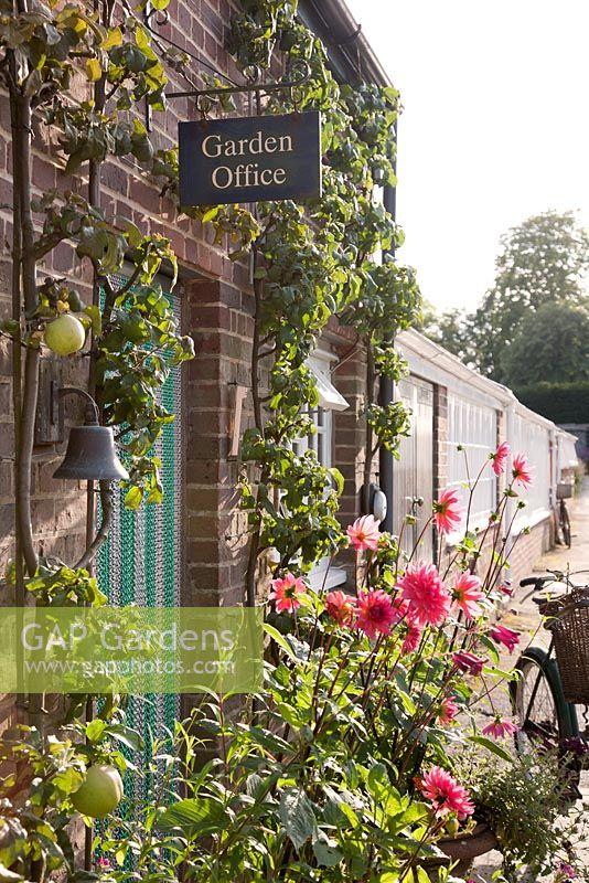 Gap Gardens Gardeners 39 Office In Walled Garden In Late
