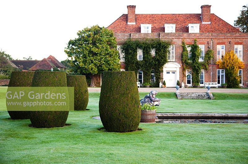 GAP Gardens - Hole Park Garden - Feature by Rachel Warne - GAP ...