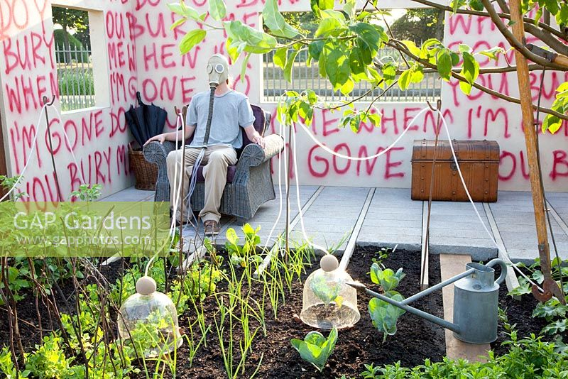 Conceptual garden - I Disappear, Hampton Court Flower Show 2013