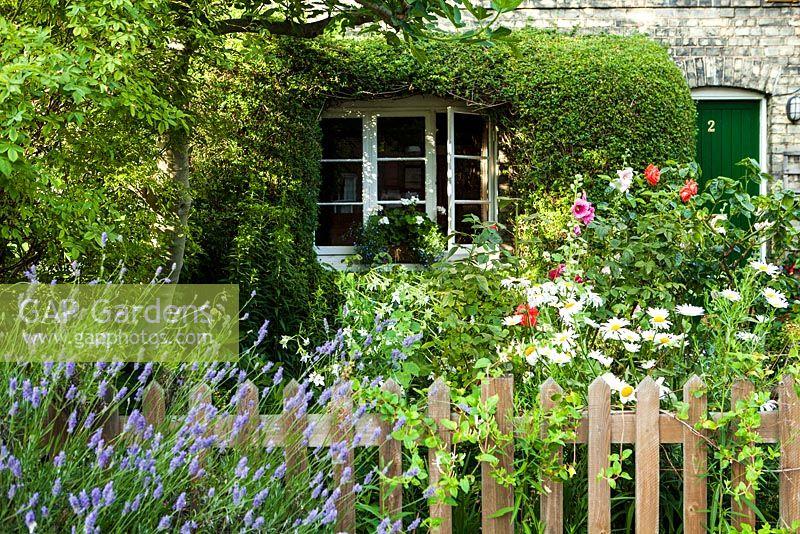 GAP Gardens - Railway Cottage - Feature by Rachel Warne - GAP ...