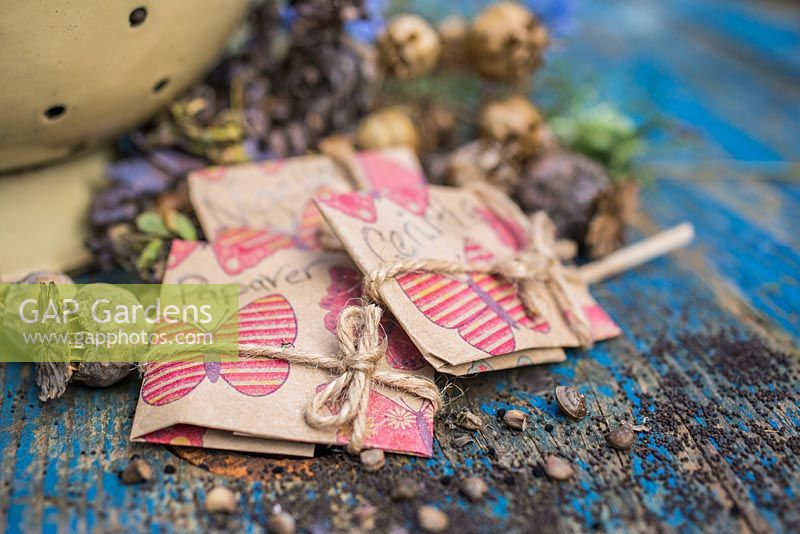 Seed packet gifts containing Papaver, Cerinthe and Nigella seeds.