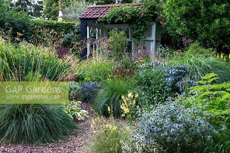 Gap Gardens Windy Ridge Feature By Nicola Stocken Gap Gardens Specialising In Garden And