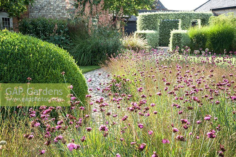 Gap Gardens The Courtyard Garden Designed By Piet Oudolf