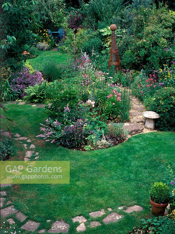 Damp And Sloping Garden, Stepping Stones Through Lawn, Island Bedding And  Borders, Staddle