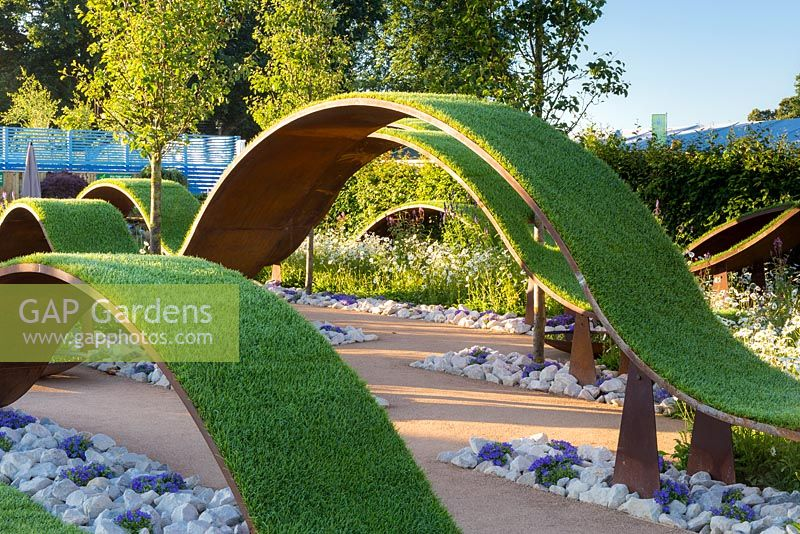 GAP Gardens - The World Vision Garden, floating waves of turf ...