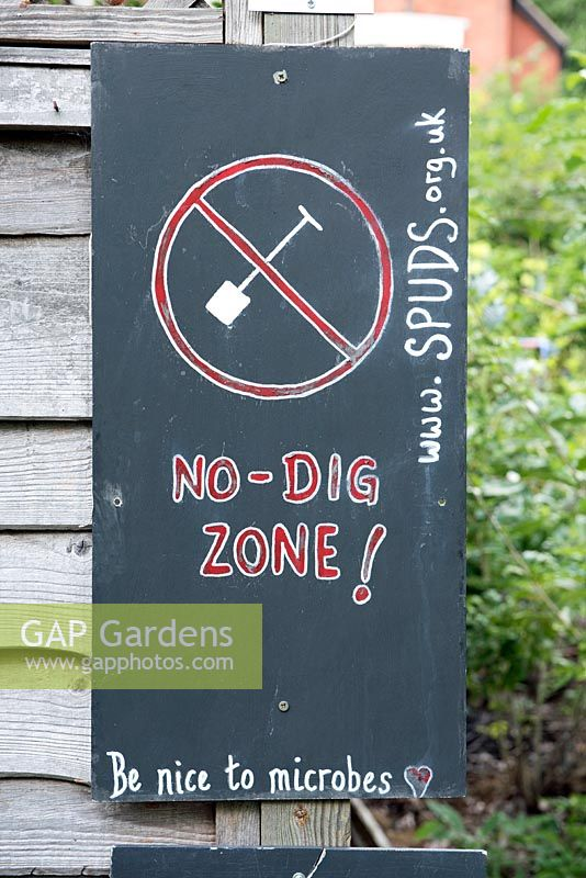 No - Dig Zone - be nice to microbes written on notice board. Priory Common, London, UK.