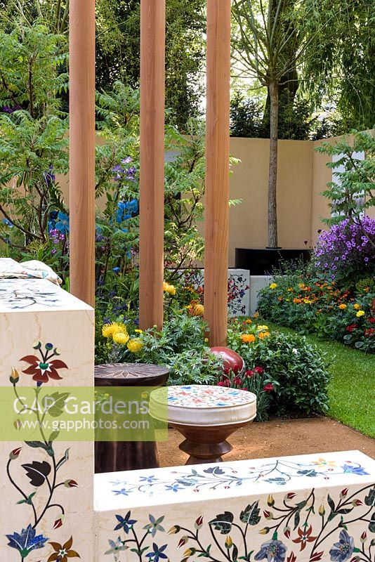 British Council Garden - India: A Billion Dreams. Sponser: British Council, RHS Chelsea Flower Show, 2018.