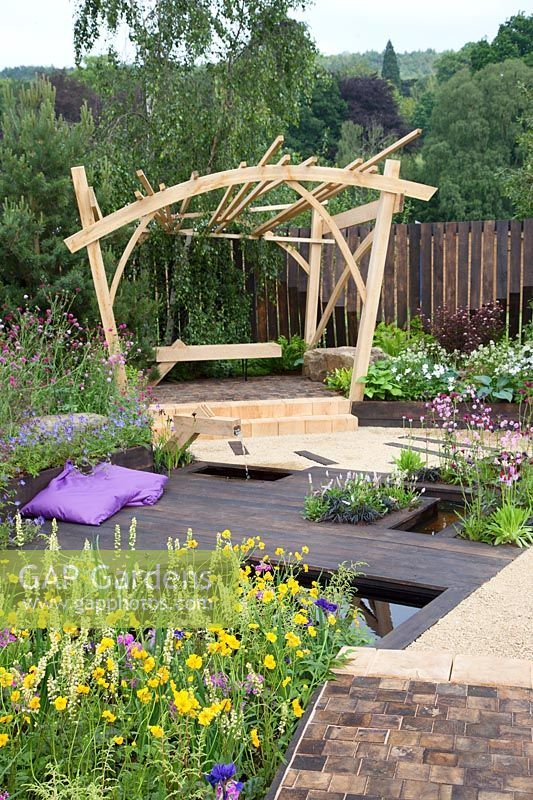 The Great Outdoors Garden, Sponsered by Allgreen Group Handspring Design Knowl Park Nurseries, RHS Chatsworth Flower Show, 2018.