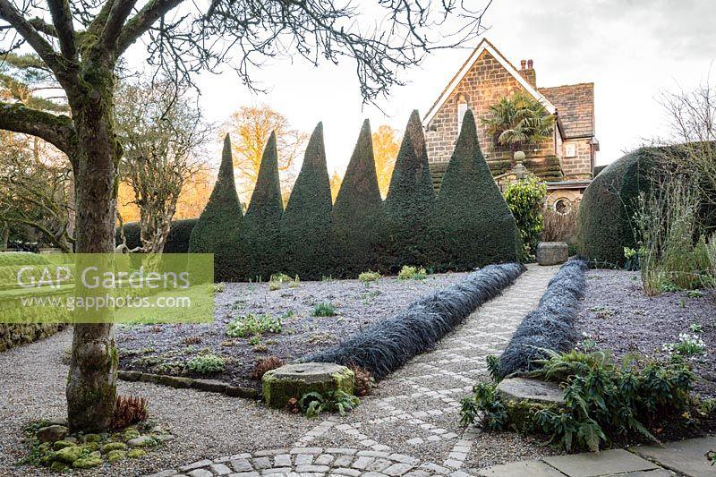 Gap Gardens York Gate Garden Feature By Richard Bloom