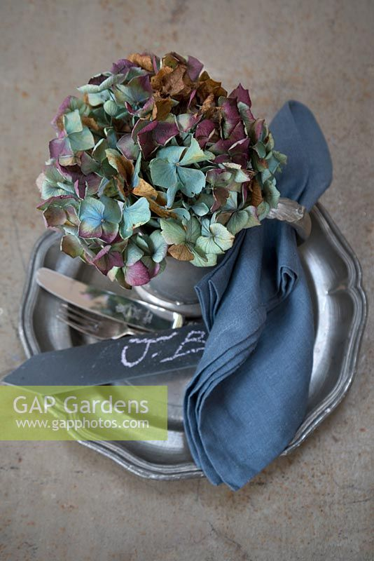 Blue dried Hydrangea head place setting