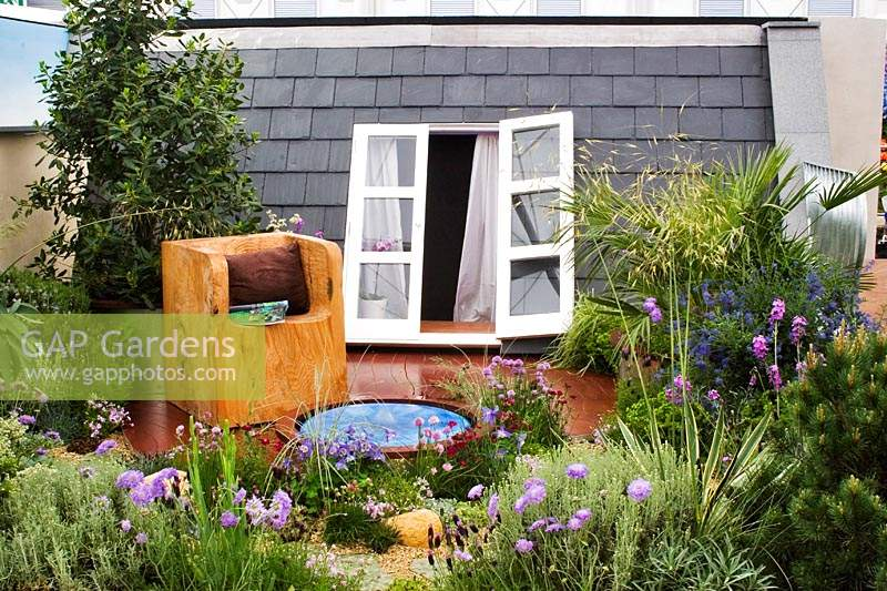 Quirky roof garden in summer