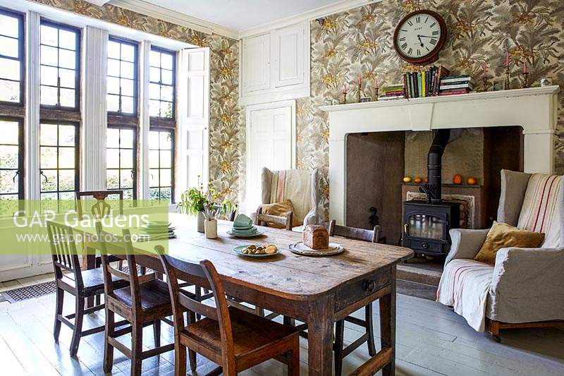 Cosy furnishings inside country kitchen.