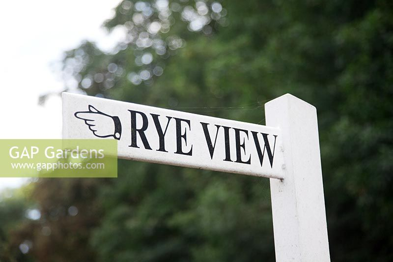 Rye View sign