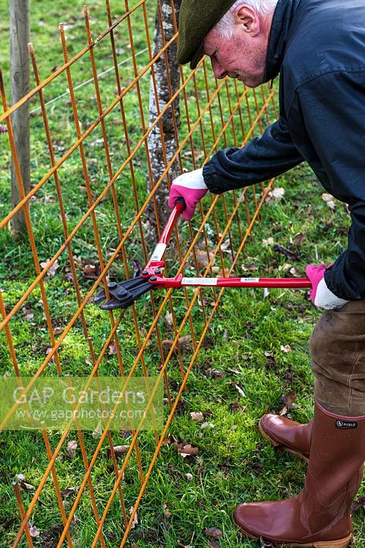 Msn cutting wire mesh with a structural steel mesh cutter - Step by step How to make a rose arbour from wire mesh steel rebar