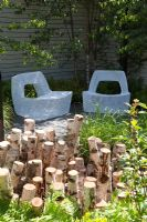 Stumpery in Urban garden. The Naturally Fashionable Garden, Silver Medal winner, RHS Chelsea Flower Show 2010