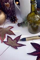 Painting maple leaves with gold pen