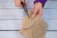 Lavender Hearts. Cut out the hessian hearts following the pencil guideline