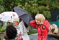 Nicki Chapman, Gloria Hunniford and Carol Vorderman. Chelsea Flower Show 2006