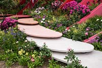 The Silk Road Garden, Chengdu, China garden at the RHS Chelsea Flower Show 2017. Sponsor: Creativersal. Designers: Laurie Chetwood and Patrick Collins