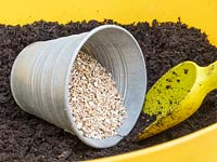 Mix vermiculite into compost to add lightness, air and drainage.