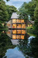 Haddon Lake House - a contemporary Japanese-influenced 'boat house' with decks over a half-acre historic lake.