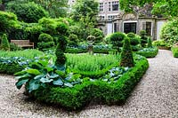 Formal garden with box parterre and topiary. Herengracht 476, Prins Bernhard Cultural Foundation. Amsterdam, The Netherlands.