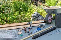 Tools and materials required to contruct a gabion bench